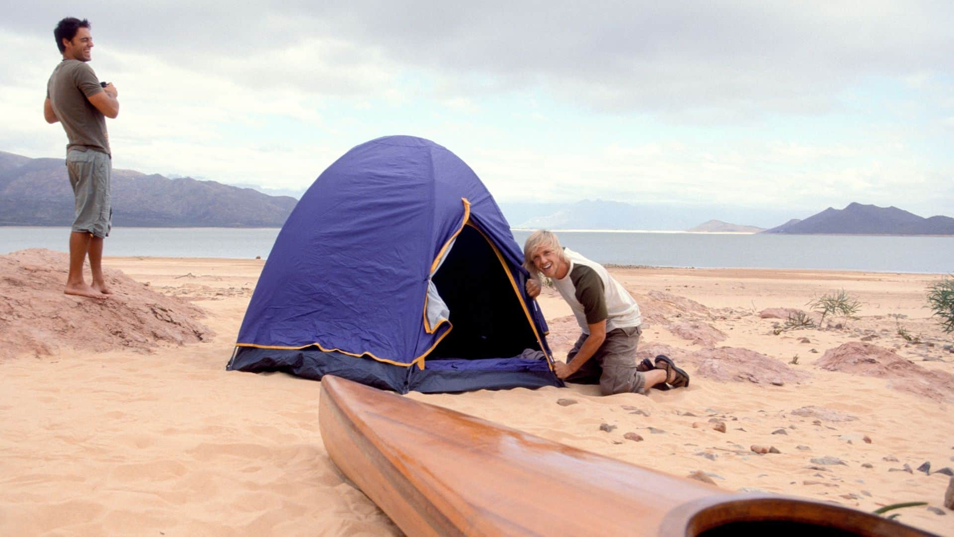 How to Anchor a Tent on the Beach