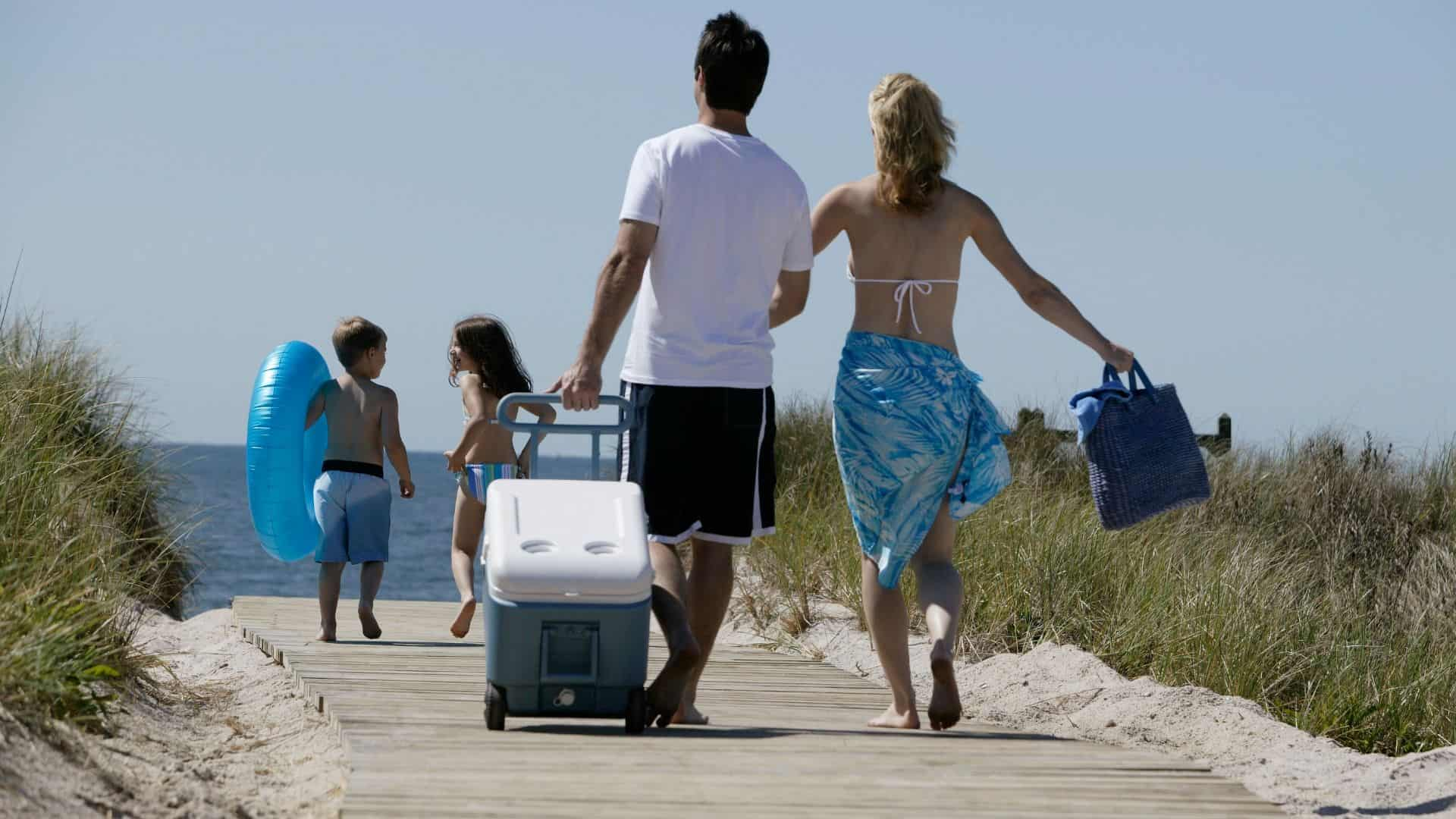 best rolling cooler for beach