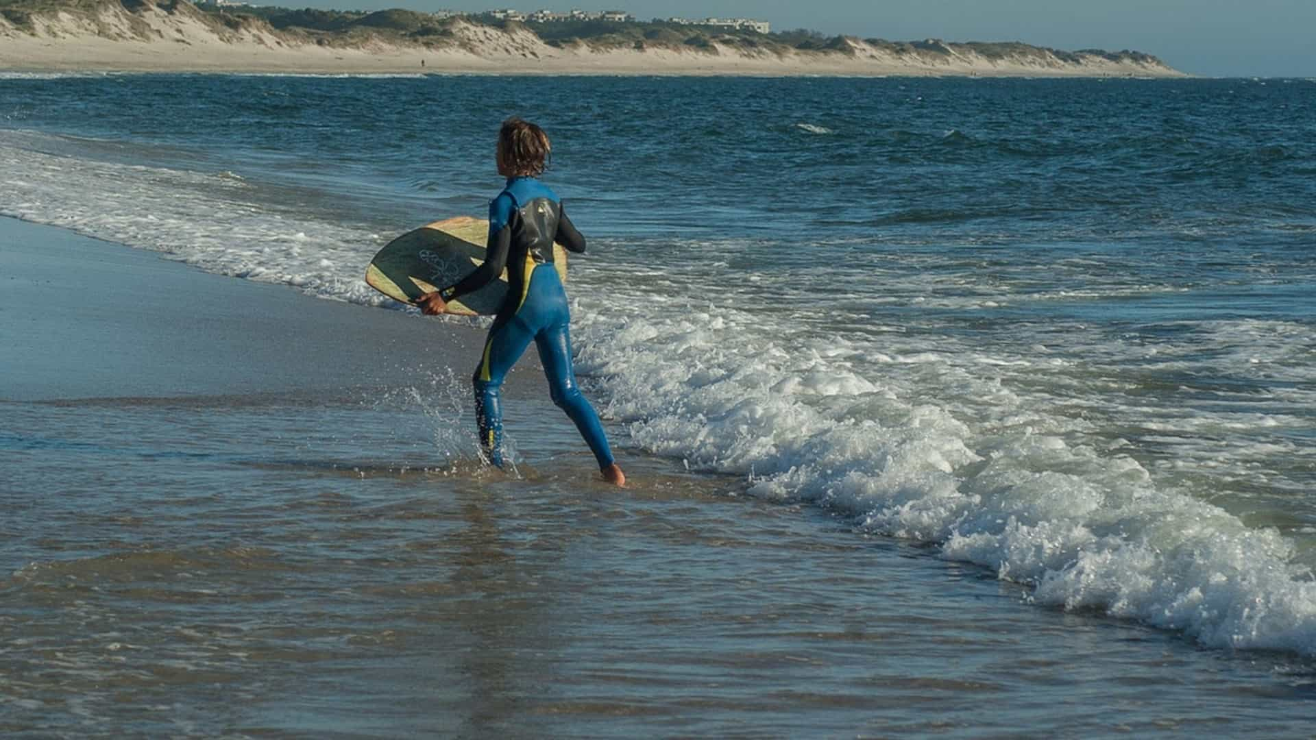 skimboards for wave riding