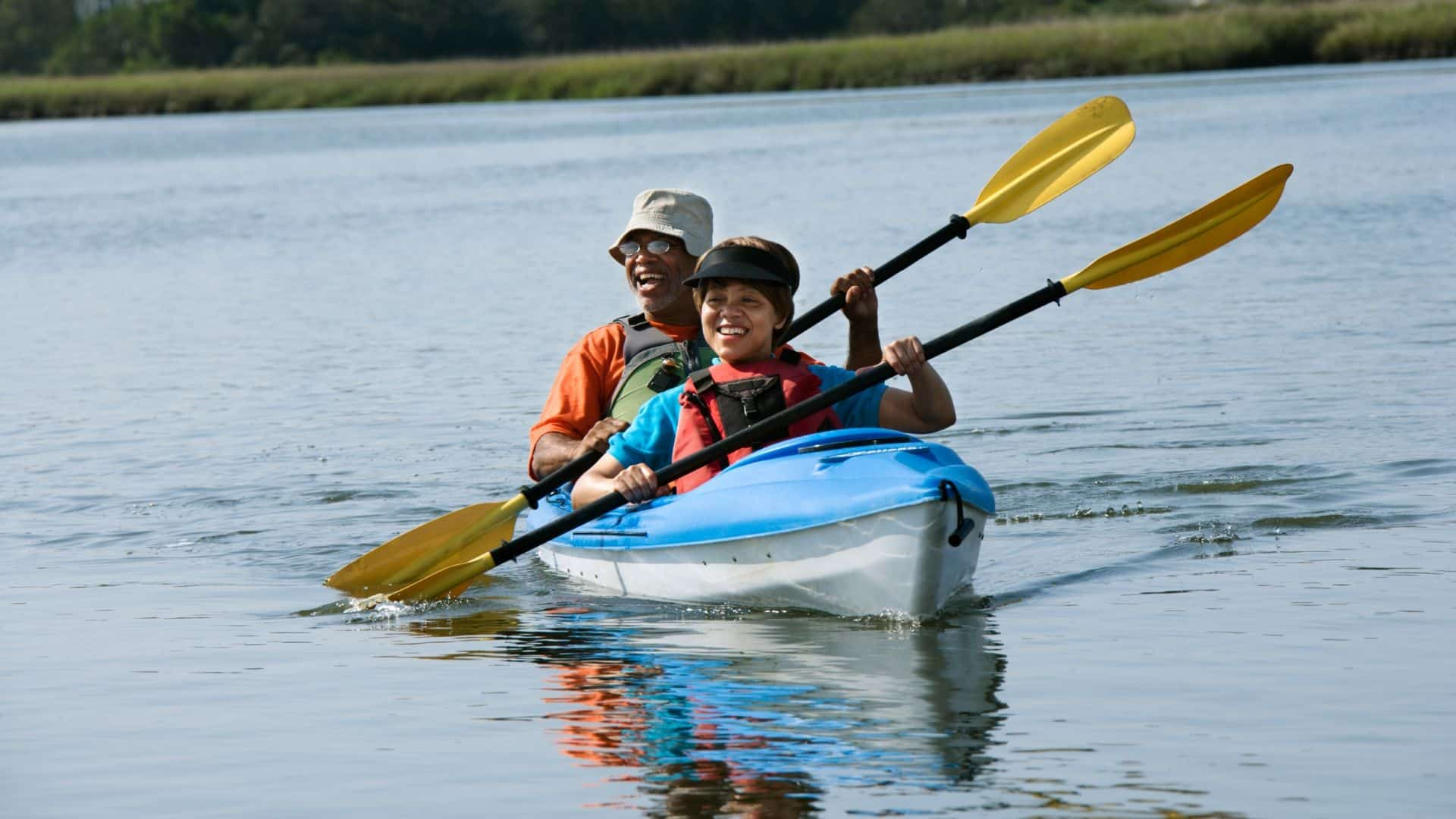how safe is kayaking for beginners
