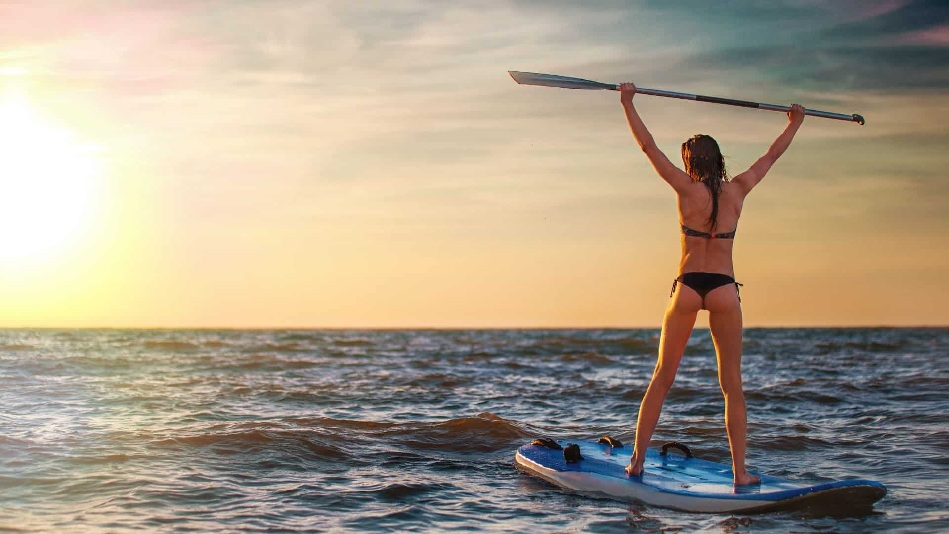 reasons to try paddleboarding