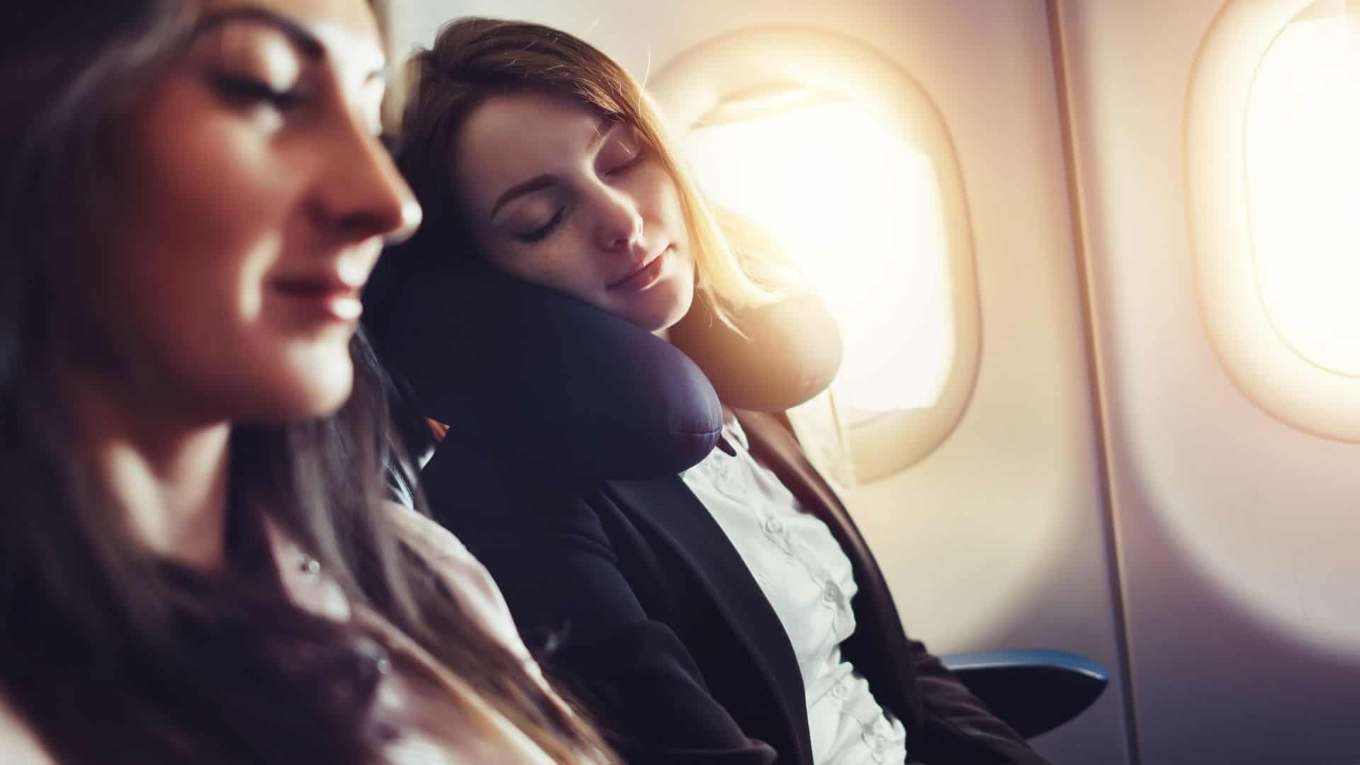 travel pillow plane