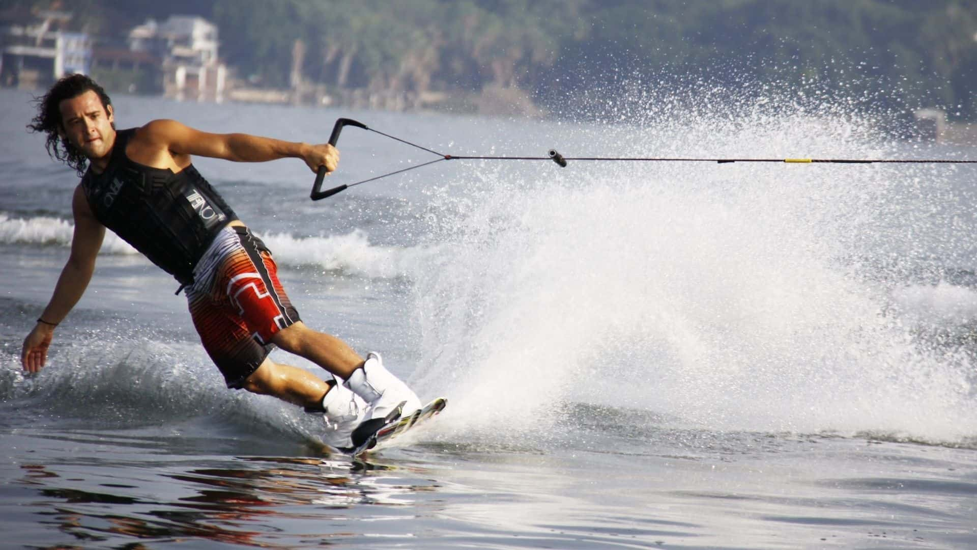 wakeboarding vs kneeboarding