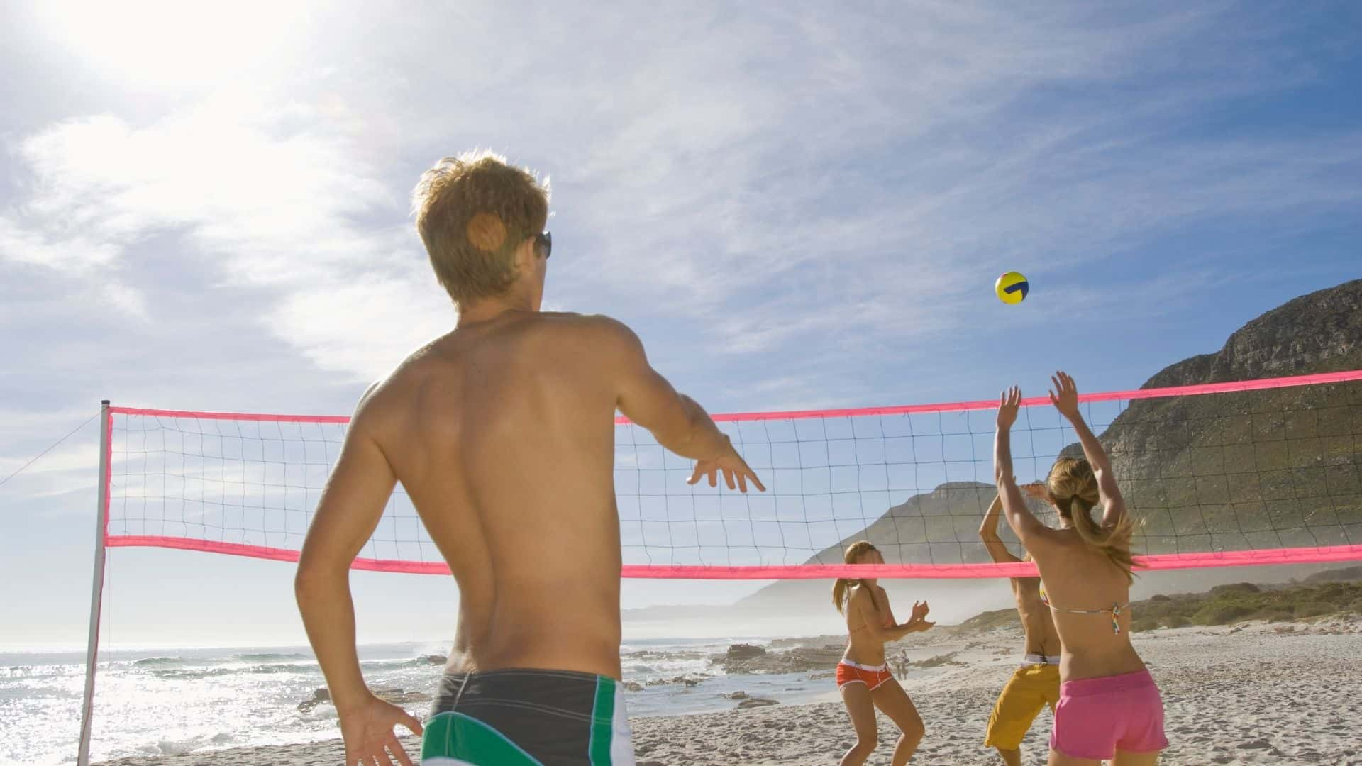 beginners guide to playing beach volleyball