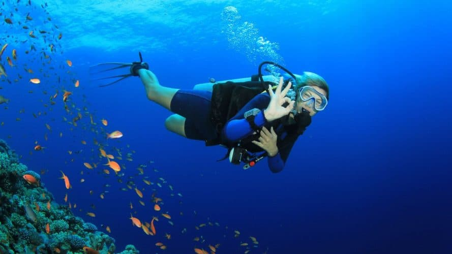 how dangerous is scuba diving